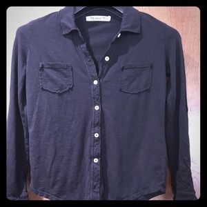 Black 3/4 or long sleeve cotton shirt